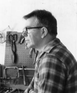 George Rickey, Painting, Sculpture, & Installation Art, 1960, 1961_