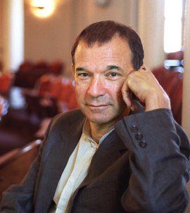 Stephen J Greenblatt