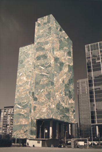 Edificio_8-web_PatrickHamiltonslideshow.jpg