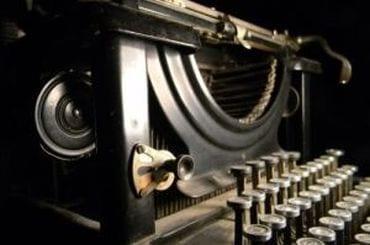 ab_typewriter_370
